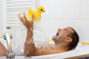cheerful-man-in-bath
