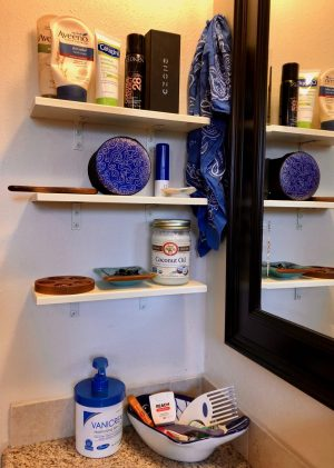 organize-bathroom-counter
