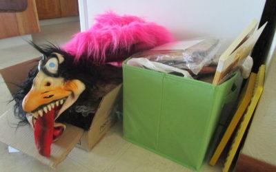 Getting Knee Deep in De-Cluttering Territory